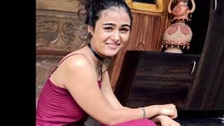Shalini pandey glamour exclusive / Shalini pandey telugu actress hot