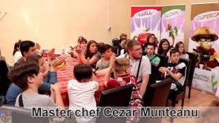 """MASTER CHEF Cezar Munteanu, la Cantina Municipală, Arad în cadrul proiectului """"Vita Week""""."""