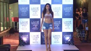 Esha Gupta At lakme Fashion Week Models Audition.
