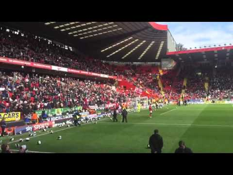 Angry protest from Charlton fans & balloons everywhere.