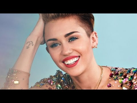 Miley Cyrus Talks Being Pansexual + Coming Out to Her Parents