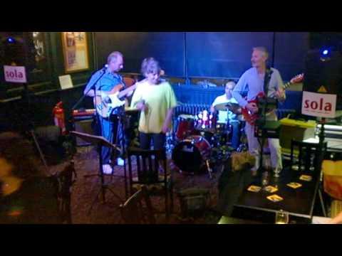 Sola - June 2016, Three Wishes Pub, Edgware