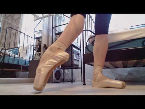 Как разработать ПОДЪЕМ? How to improve your arches - BALLET tutorial + eng subs