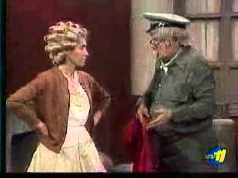 Clube do Chaves - Os toureiros com o Senhor Barriga e Jaiminho - Episódio inédito (Espanhol)