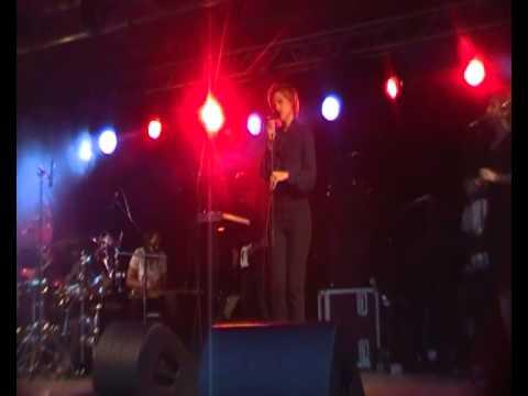 Dallas met Veerle Baetens Take It All,  Palm Parkies Aalst Stadspark 08.07.2013