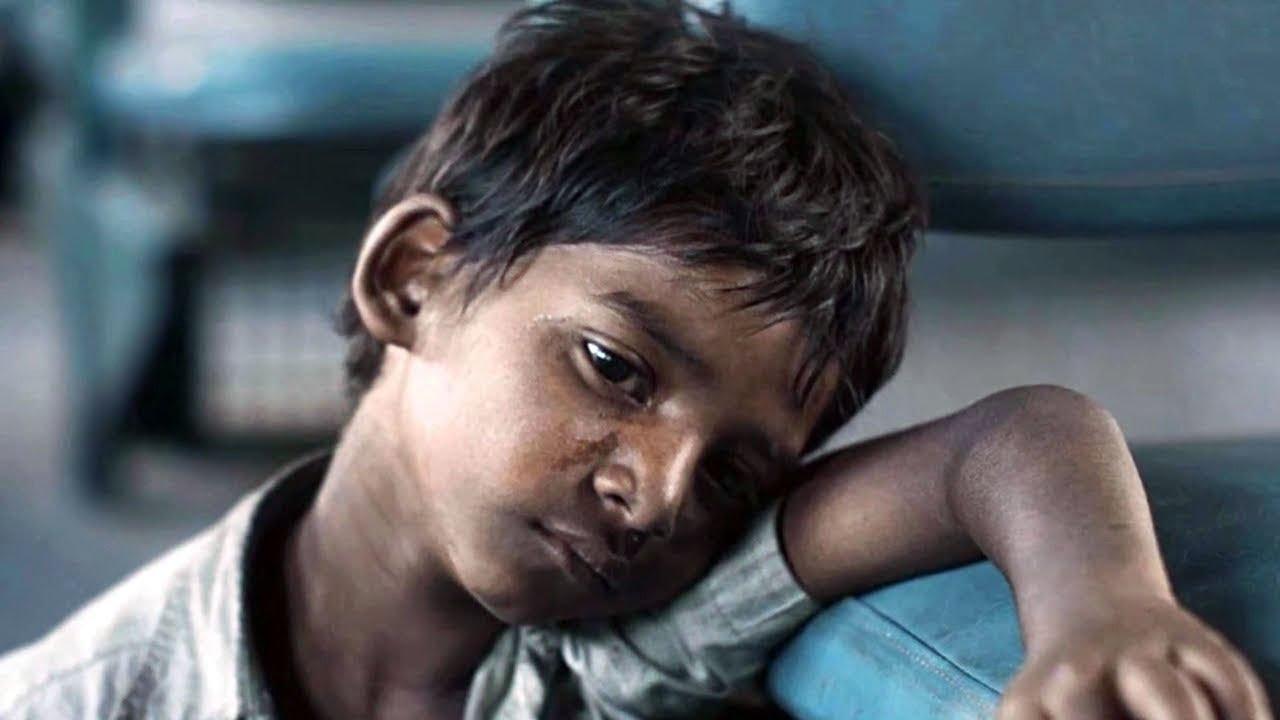 ये लड़का गुम हुआ | 25 सालो बाद जब मिला तो  दुनिया हिल गयी | The boy got lost at the railway station.