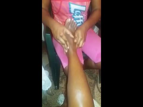 Stansha massaging her client