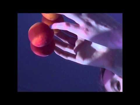 Hannah Schneider - Weightless video