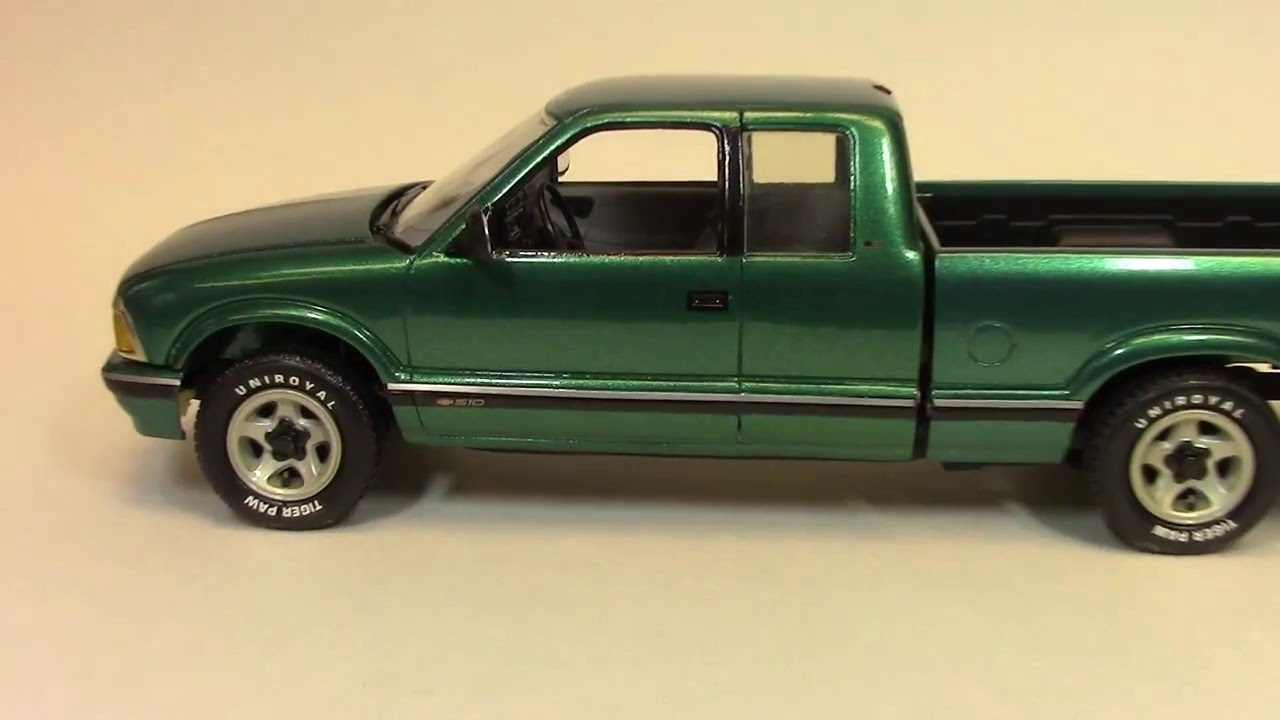 Billy Vega S Scale Model Garage 1994 Chevy S 10 Extended Cab Youtube