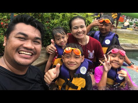wisata-ke-jogjabay-&-nonton-barongsai-makan-ular-|-larics-family