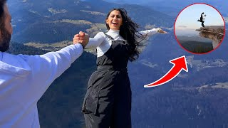 اختبار الثقة بين زوجين على قمة جبل !!