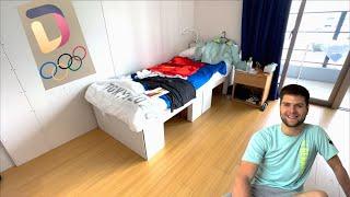 Дмитрий Овчаров показывает условия спортсменов в Олимпийской деревне