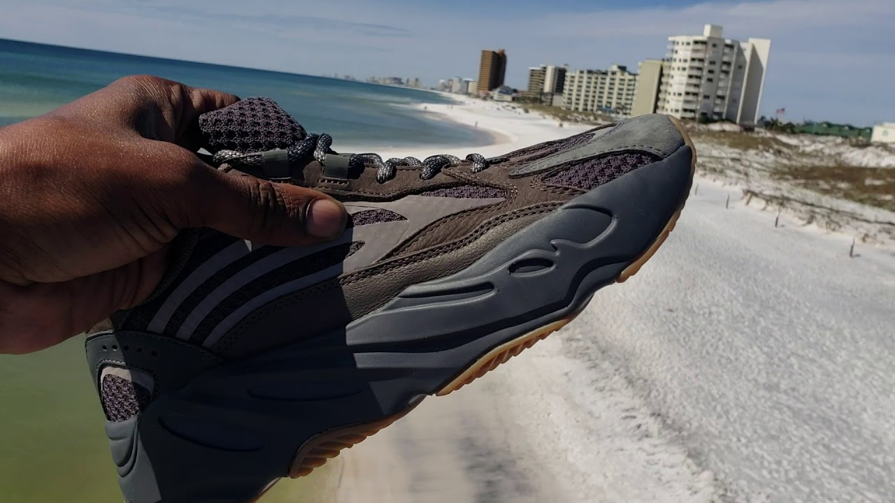562475a1167 Adidas Yeezy Boost 700 Geode Joints Look... - YouTube