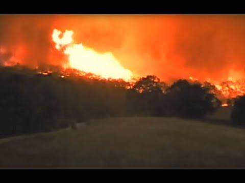 2009 Victorian Firestorm with Tornado - filmed by Jim Baruta