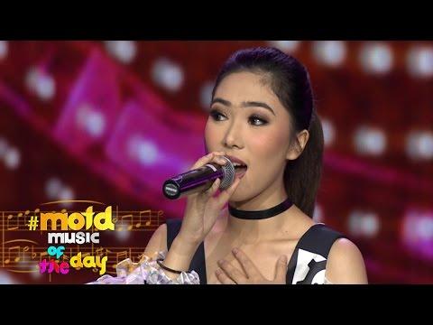 Cover Lagu Isyana Sarasvati `cinta Pertama`  Motd  14 November 2016