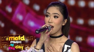 Video Isyana Sarasvati 'Cinta Pertama' | MOTD | 14 November 2016 download MP3, 3GP, MP4, WEBM, AVI, FLV Agustus 2017