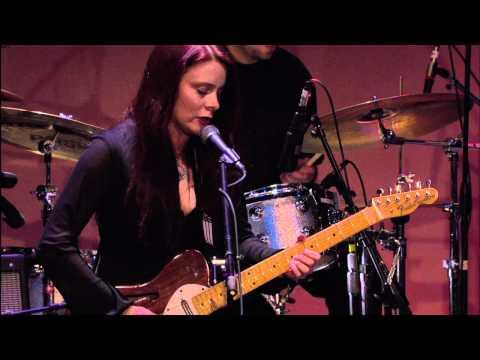 Video von Carolyn Wonderland
