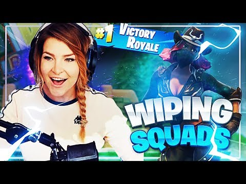 WIPING SQUADS BY MYSELF! (Fortnite: Battle Royale Gameplay) | KittyPlays