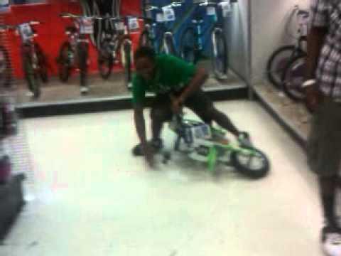 Actin Stupid N Toys R Us Youtube