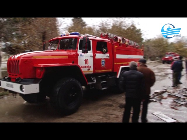 В Каспийске на улице Ленина сгорело кафе
