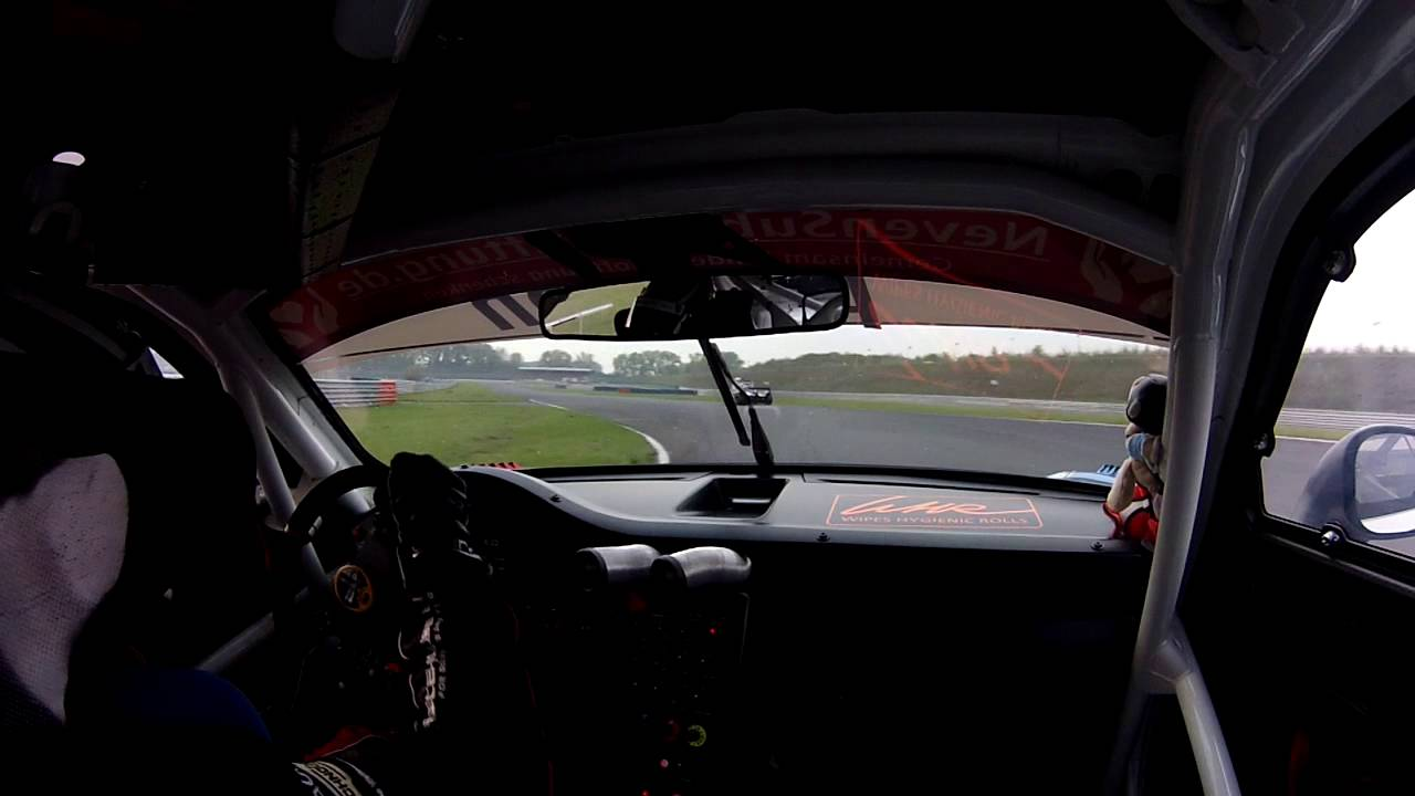 Start Christopher Friedrich Oschersleben 2016 Porsche GT3 R