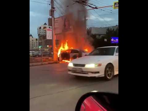 Машина сгорел в Новосибирске