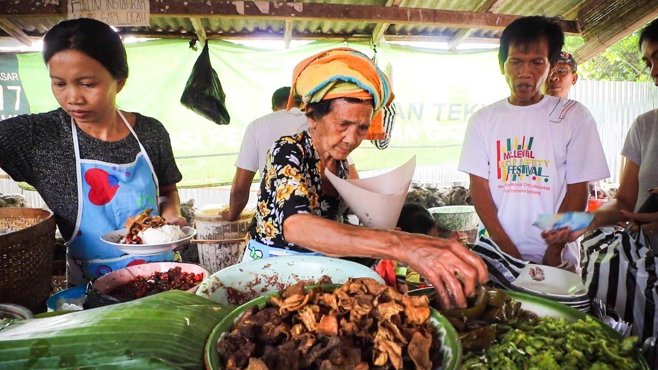 LEGENDARY Local WARUNGS + BALI Rare BEEF LAWAR: Indonesian Food Tour