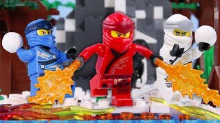 LEGO Ninjago Snowball War! STOP MOTION LEGO Ninjago Christmas Battle | LEGO Ninjago | Billy Bricks