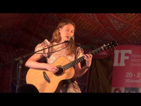 Louise Jordan - Little Robin Red Breast