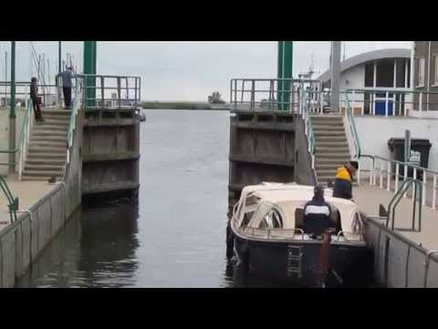 LOCK (water transport) IN NETHERLANDS