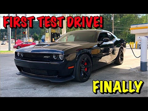 Rebuilding A Wrecked 2017 Dodge Hellcat Part 17