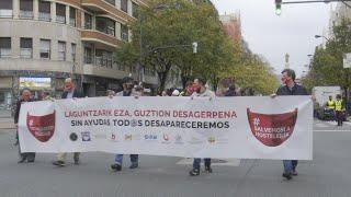 Un millar de hosteleros reclaman en Bilbao un rescate para el sector