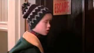 Копия видео Один Дома 2  Фрагмент Счастливого Рождества, грязное животное!