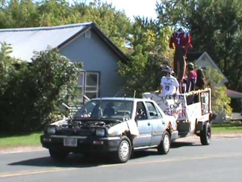 Spooner High School Homecoming Parade 2016