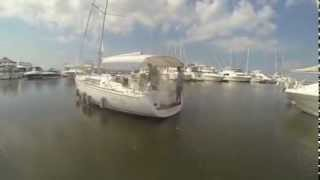 Beneteau 37 docking with Yacht Thruster