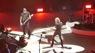 METALLICA   Rob and Kirk Solo , Rock you like A Hurricane Scorpions  16 2 2018 Mannheim SAP Arena