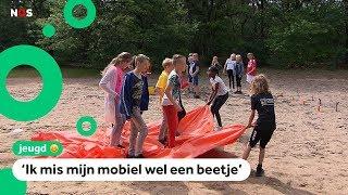 Mobieltjes verboden op veel schoolkampen