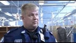 Poliisin matkassa Helsinki - Vantaan lentokenttäpoliisi