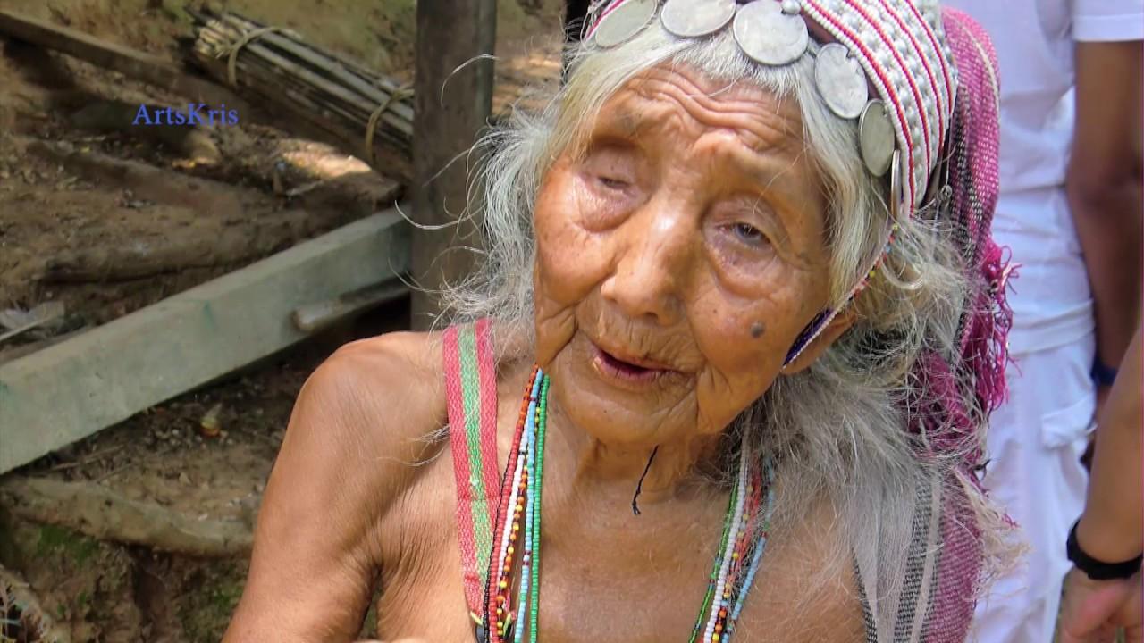La tribu Akha