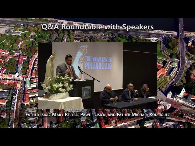 Saturday Q&A Roundtable with Speakers in Poland 2019