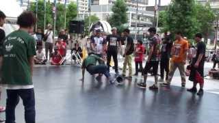 UK B-BOY 中国2013 本戦1(Top-Erstellen 089 vs Hot Point)