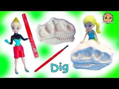 Disney Frozen Queen Elsa + Polly Pocket Dinosaur Sand Dig Surprise - Cookie Swirl C