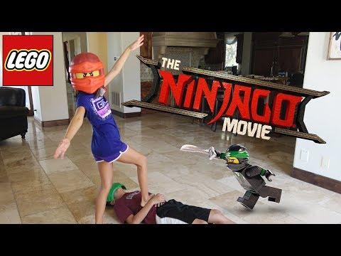 WORLD'S LARGEST LEGO NINJAGO SET!!! Ninjago Movie Day & New Minifigures! streaming vf