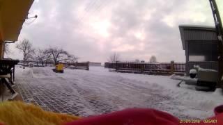 Snow plow on skidsteer loader RC. Odsniezarka RC.