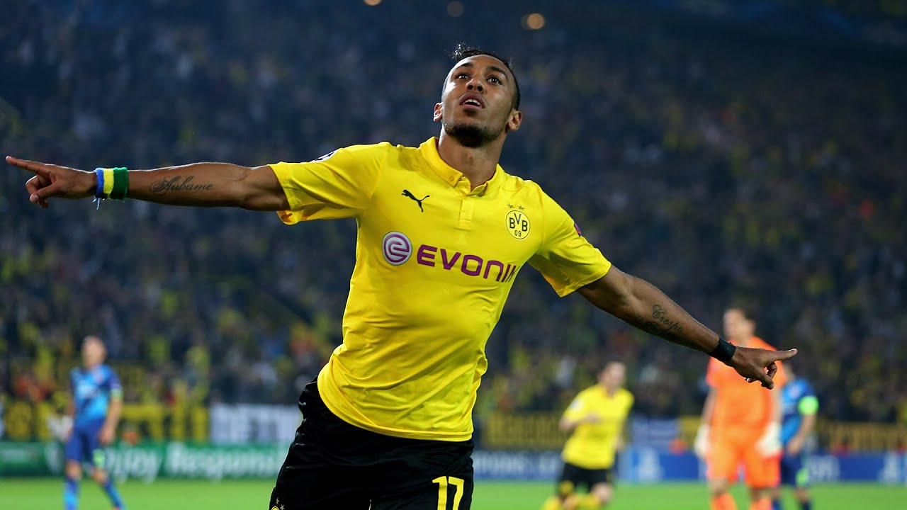 Pierre Emerick Aubameyang to Manchester United