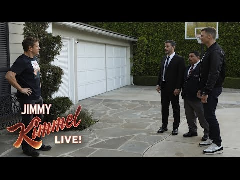 tom-brady-helps-jimmy-kimmel-vandalize-matt-damon's-house