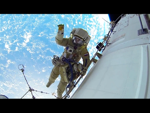 Man overboard. One-Year Mission: A Year In Space - Episode 5 @ Science