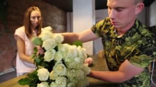 17. Цветы уходят в онлайн(Сергей Карцев начинал с онлайн-доставки цветочных букетов в Самаре, а сейчас в дополнение открыл салон..., 2016-05-24T16:08:24.000Z)