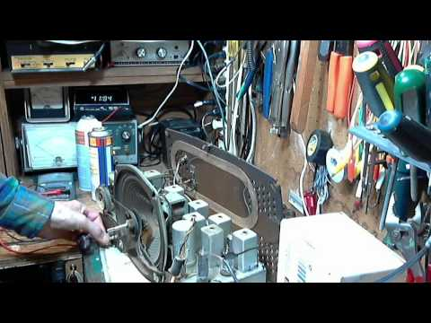 Zenith Y825 Vacuum Tube AM/FM Radio Video #3 - Hum and Buzz Defeated