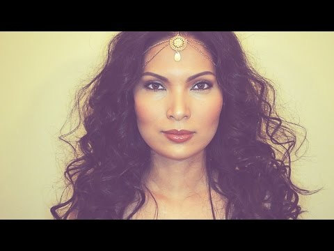 mermaid-curls-/-beach-waves-hair-tutorial